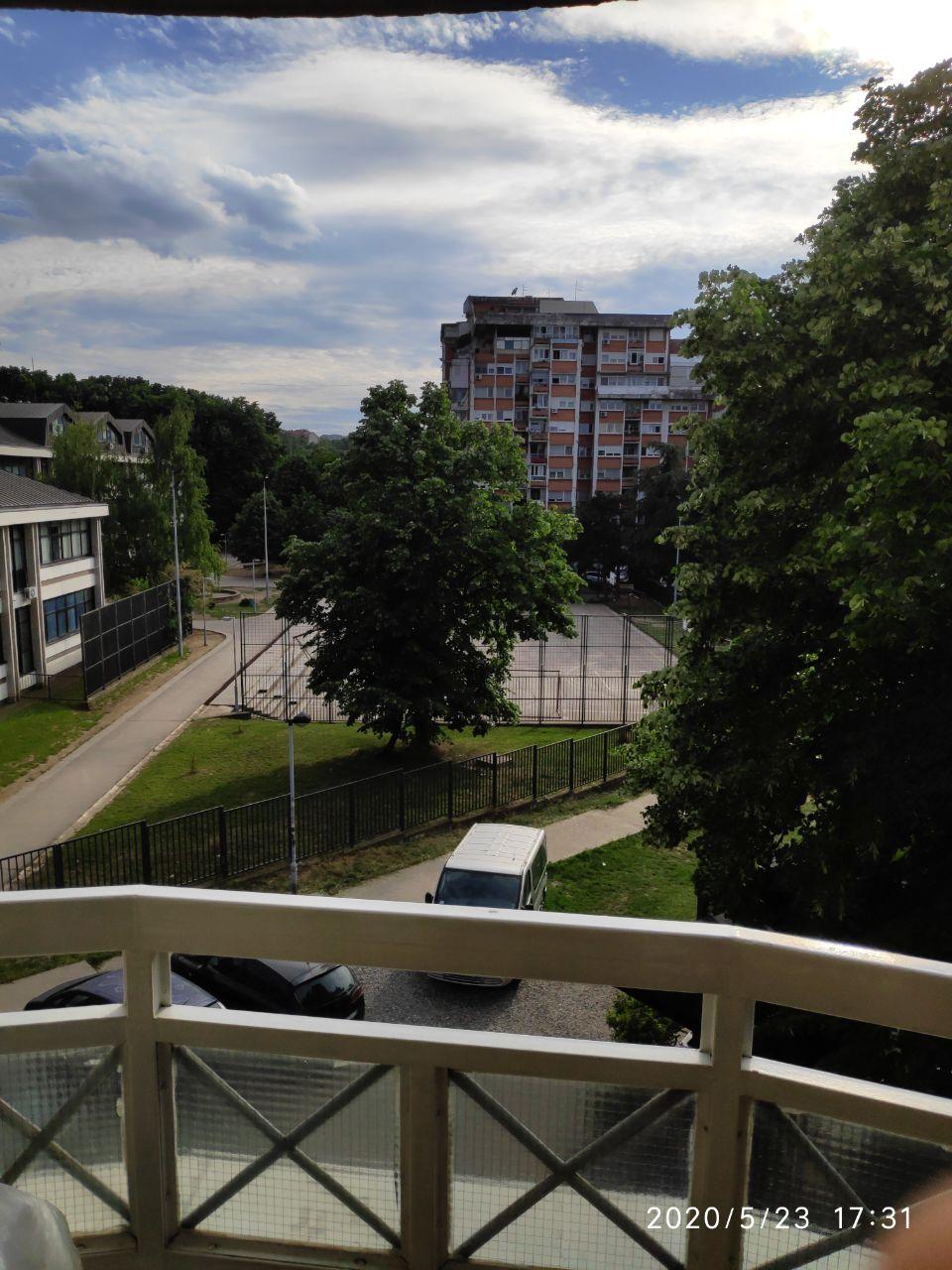 Mijenjam uz doplatu trosoban stan u Beogradu za stan na moru