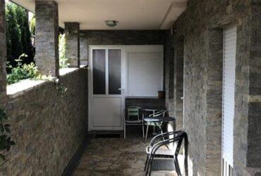 Izdajem studio apartman, 25m2, u centru Zlatibora