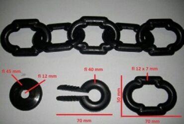 Plastični lanac za ogradu grobnih mesta.