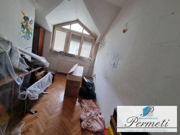 Dvoiposoban stan u strogom centru grada