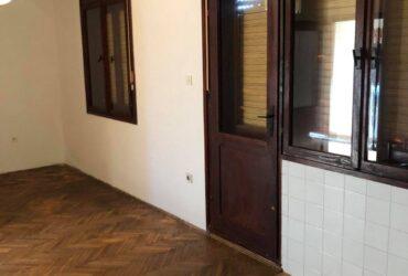 Na prodaju kuca mesto Meljak, opstina Barajevo, Beograd