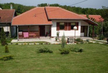 Kuca ili sobe za iznajmljivanje-Vrnjacka Banja