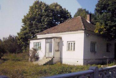 Prodajem plac od 54 ara,sa temeljom za novu kucu-Smederevo,Lipe