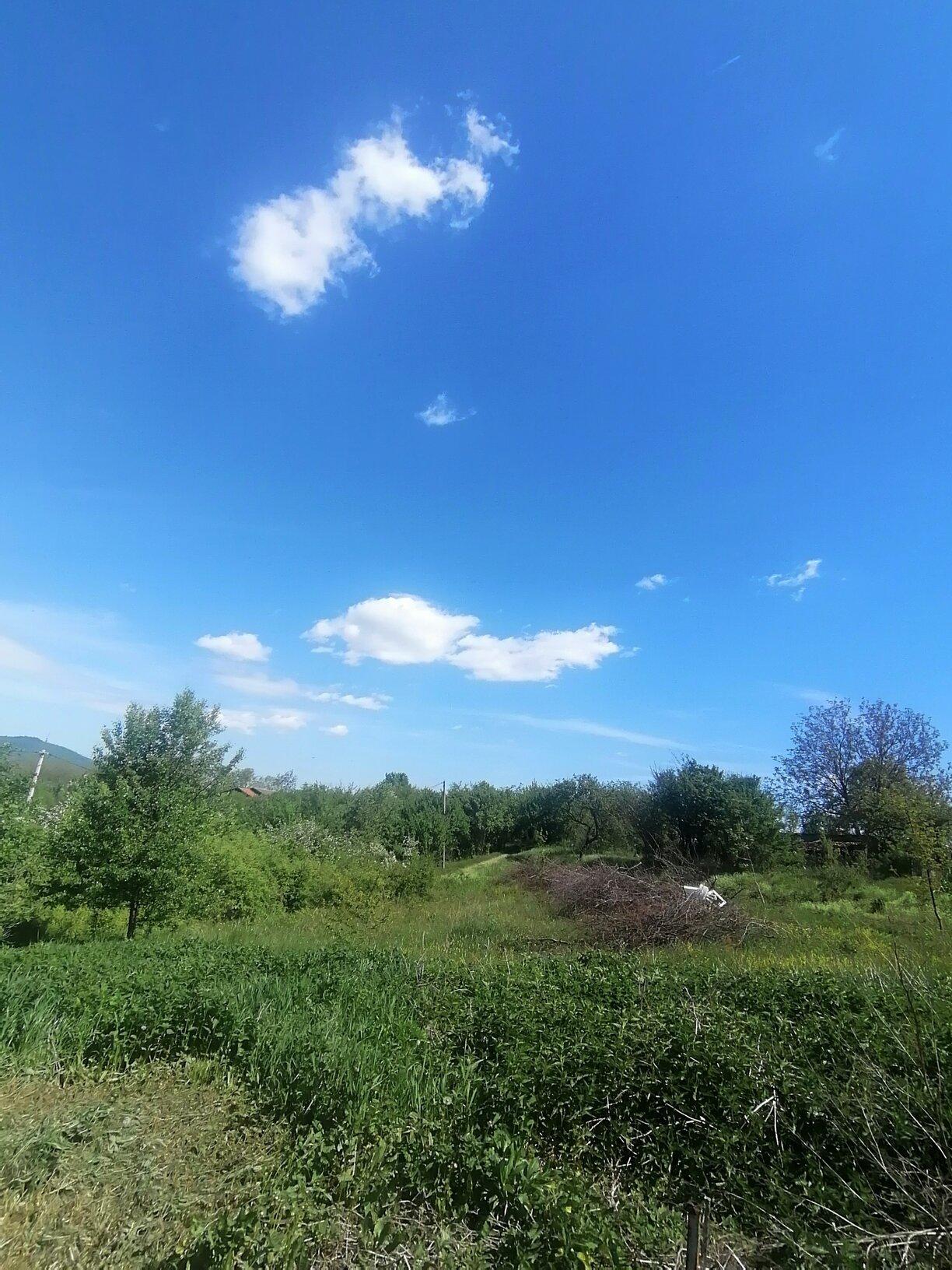 Prodajem plac sa pogledom na Avalu.