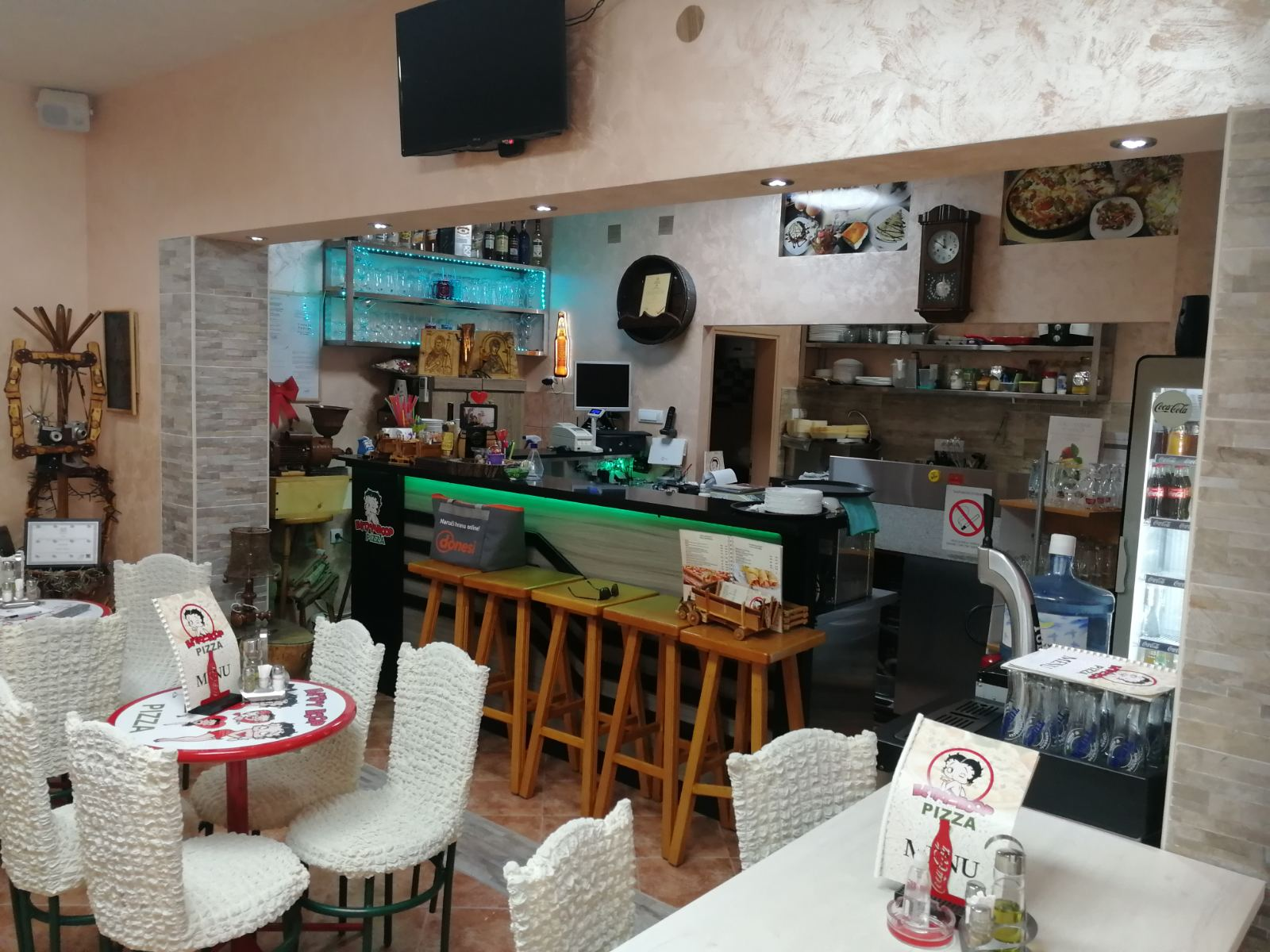 Lokal-picerija