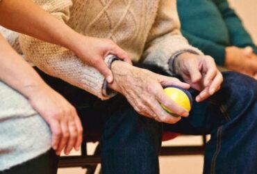Cuvala bih stariju osobu – pomoc u kuci