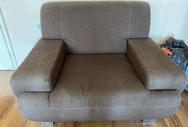 Prodajem trosed, dvosed i fotelju