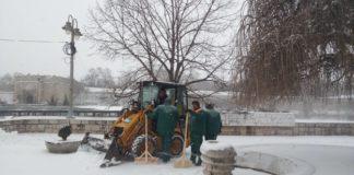 Čišćenje snega u centru Niša; Foto: Naissus Info