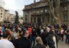 """Protest """"Ne damo niški aerodrom"""" ispred Gradske kuće u Nišu"""