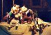 Tri praseta, scena iz predstave Pozorišta lutaka Niš