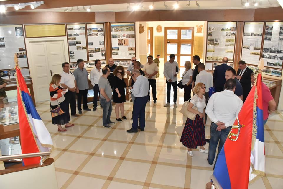Poseta stranih gostiju Spomen sobi Kopnene vojske u Nišu; Foto: Grad Niš