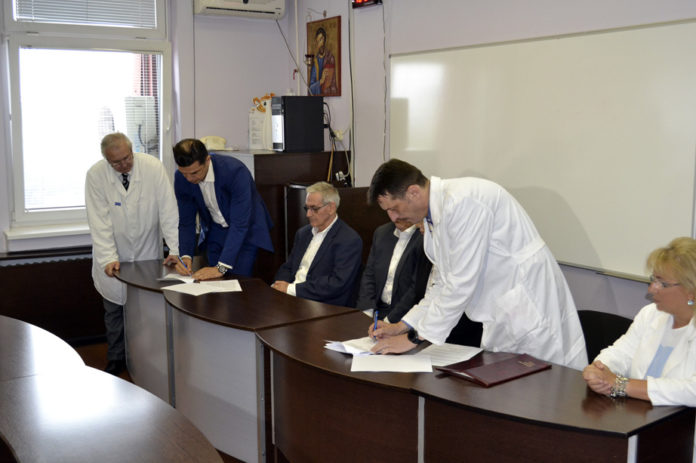 Potpisivanje ugovora u KC Niš; Foto: KC Niš