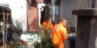 """Sakupljanje kabastog otpada u Božidarčevoj ulici u Nišu; Foto: JKP """"Mediana"""" Niš"""