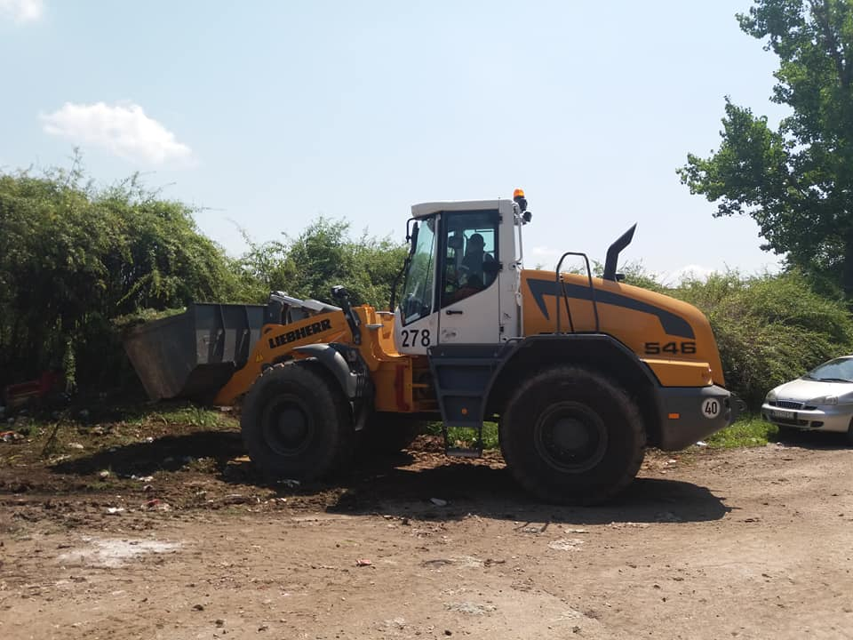 Akcija uređenja romskog groblja u Nišu
