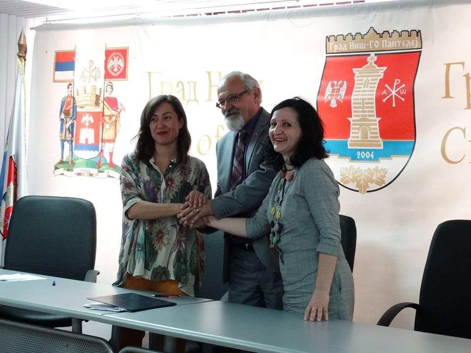 Potpisan trojni ugovor; Foto: GO Pantelej
