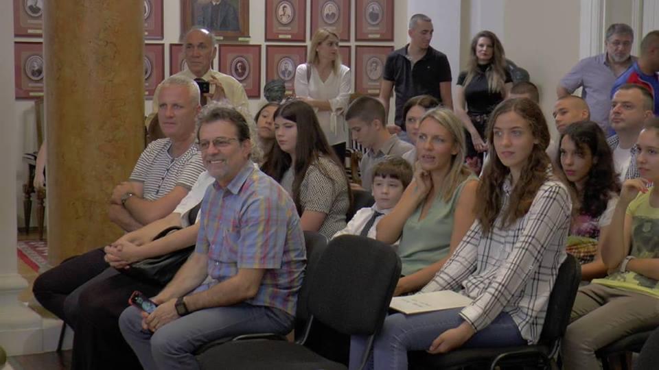 Svečana dodela ugovora sportistima u Gradskoj kući u Nišu; Foto: Grad Niš
