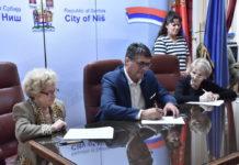Potpisivanje Ugovora sa izbeglim licima o dodeli bespovratne pomoći za kupovinu seoskih kuća sa okućnicom
