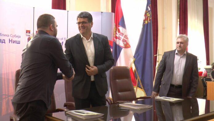 Potpisankolektivni ugovor za Javna i Javna komunalna preduzeća
