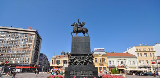 Niš - Statue dedicated to the Liberators of Niš (Spomenik Oslobodiocima Niša)