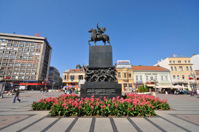 Niš - Statue dedicated to the Liberators of Niš (Spomenik Oslobodiocima Niša)
