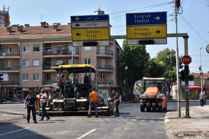 Rekonstrukcija kolovoza u Vardarskoj