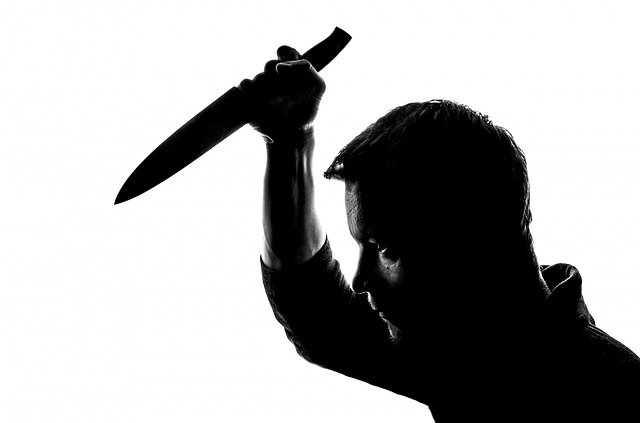 napao nožem