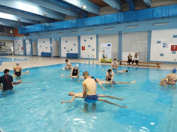 Obuka iz primene plivanja za osobe sa invaliditetom